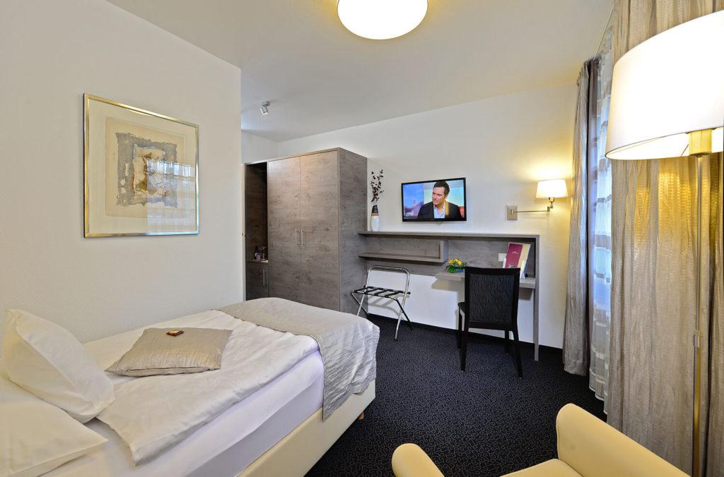Hotel_Spiegel-Zimmer-Galerie_0315_18